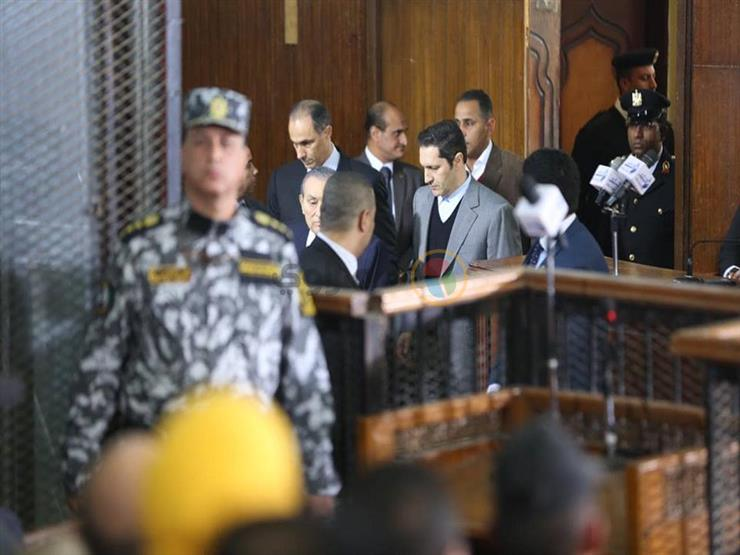 """""""كانت هيصة"""".. مبارك يدلي بشهادته في اقتحام السجون"""