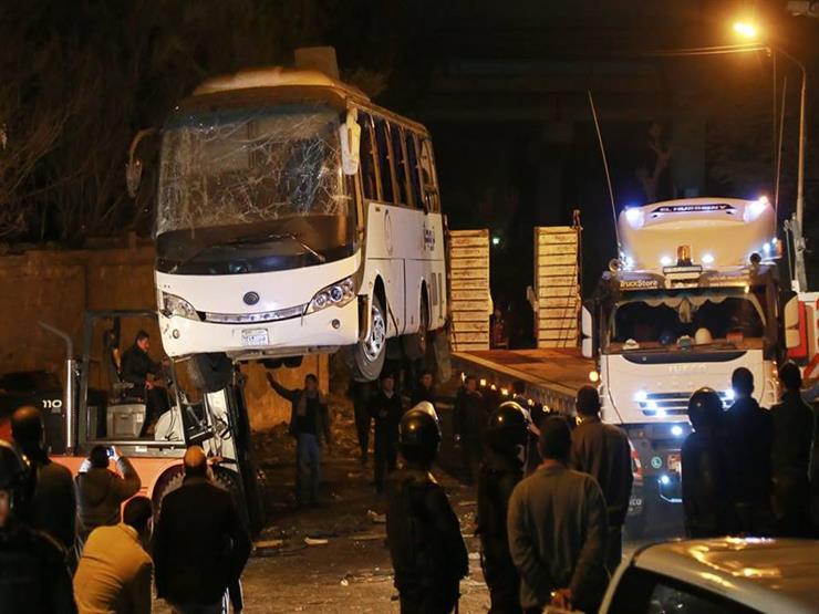 """مديرا الأمن العام ومباحث الوزارة يتفقدان موقع تفجير """"أتوبيس الهرم"""""""
