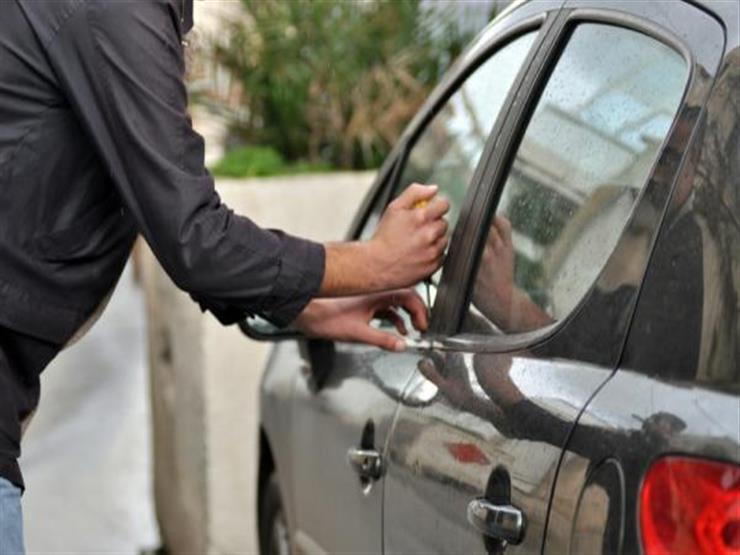 """كيف سيقضي الملصق الإلكتروني على حوادث سرقة السيارات؟ """"خبير يجيب"""""""
