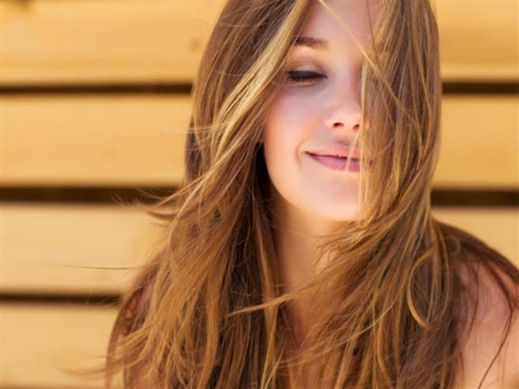 وصفات منزلية طبيعية لجعل شعرك أكثر نعومة