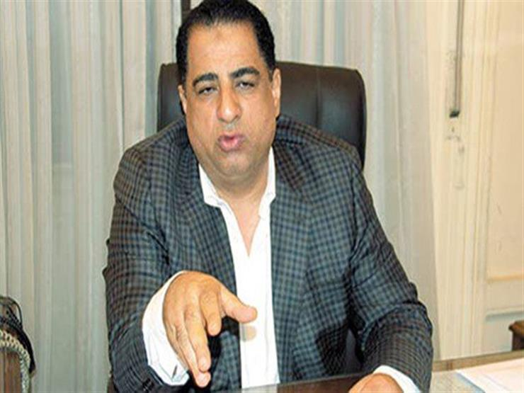 برلماني يطالب وزير النقل بإصلاح الطريق الصحراوي الشرقي ببني سويف