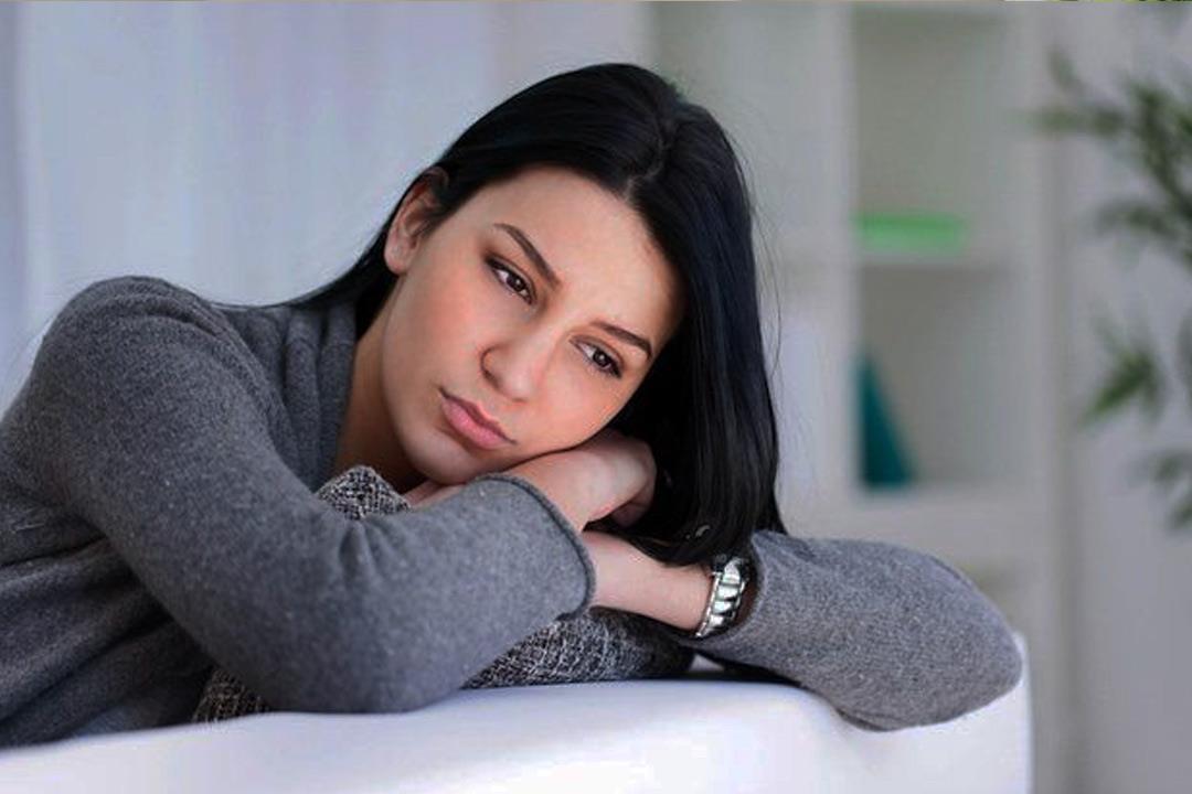 النساء أكثر عرضة له.. إليك أعراض اضطراب القلق وطرق التخلص منه