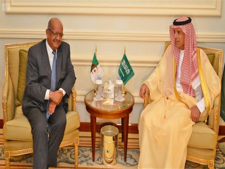 وزير الخارجية السعودي يبحث مع نظيره الجزائري سبل تعزيز التعاون المشترك