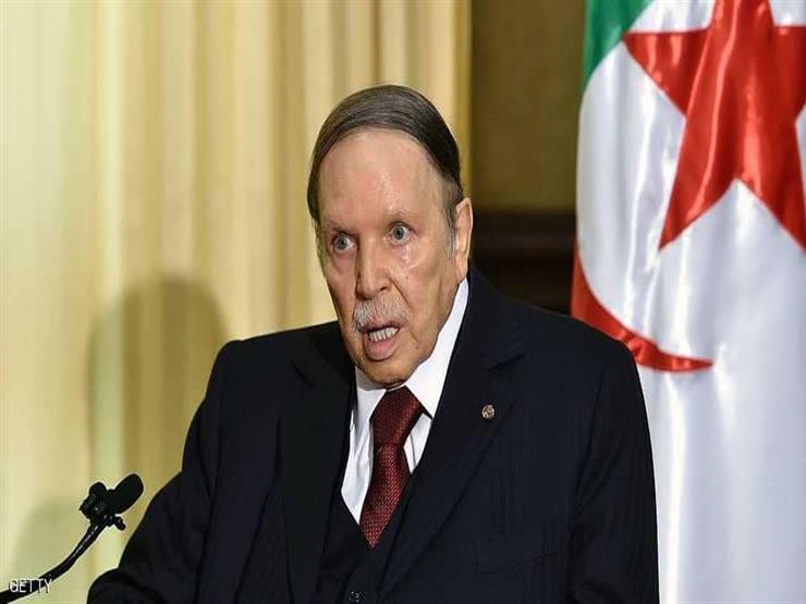"""بوتفليقة يحذر الجزائريين: """"فئات غادرة"""" قد تؤدي لإثارة الفتنة والفوضى"""