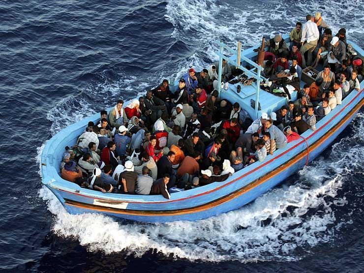 """منظمات إنسانية تتهم دول الاتحاد الأوروبي """"بالتواطؤ في كارثة"""" المهاجرين في المتوسط"""