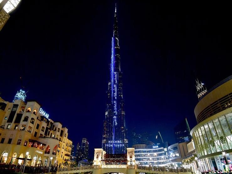 بالفيديو - اللحظات الأولى من احتفالات رأس السنة في دبي