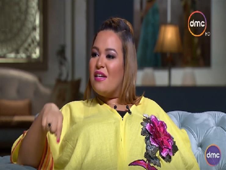 """نجمة مسرح مصر تكشف عن سبب تسميها بـ""""ويزو"""" و""""ماما عضلات"""""""