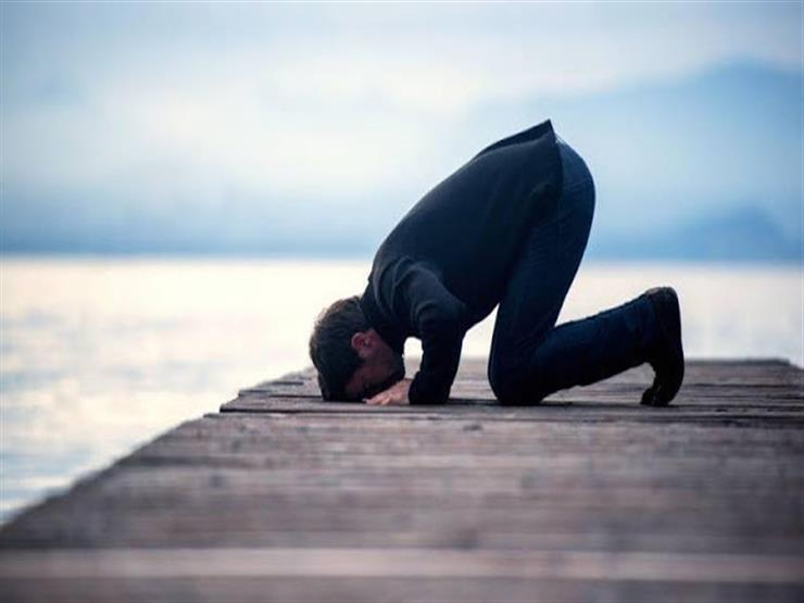 فتاوى الصلاة (22): ما يقال في سجود الشكر وسجود السهو