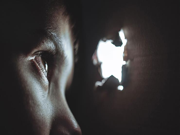 حساسية العين للضوء تستلزم استشارة الطبيب فورا!