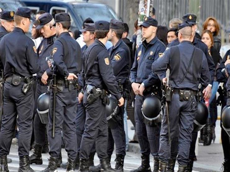 إصابة 6 ضباط شرطة خلال اشتباكات في مظاهرة بكتالونيا