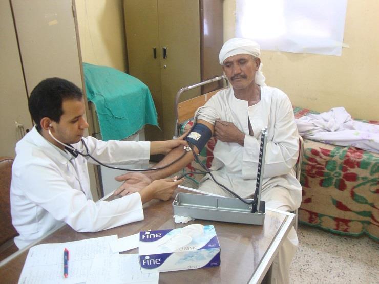 """غدًا.. """"الصحة"""" تُنظم قافلة طبية بالمجان لأهالي العاشر من رمضان"""