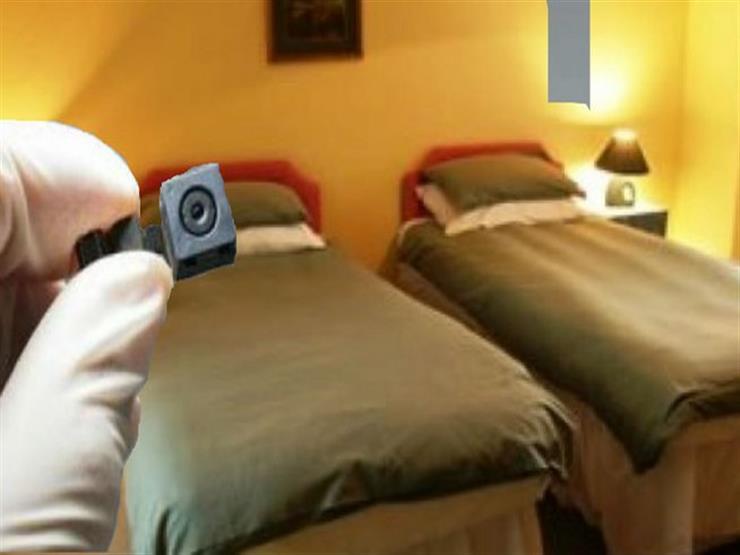 بالصور| بعد اكتشاف كاميرا في حمام.. كيف تكتشف كاميرات التجسس في غرف الفنادق؟