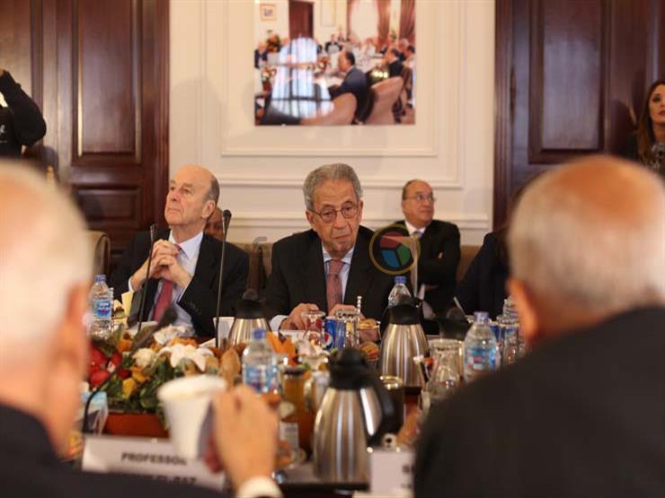 عمرو موسى لمصراوي: الدولة تبحث عن المواطن والخريج الجامعي المفيد لمصر