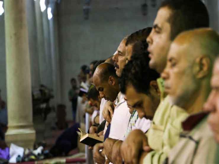 """هل يجوز ختم صلاة الجماعة جهراً؟.. تعرف على رد """"البحوث الإسلامية"""""""