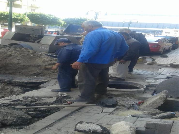 """هبوط أرضى بشارع""""أنوبيس"""" وسط الإسكندرية"""