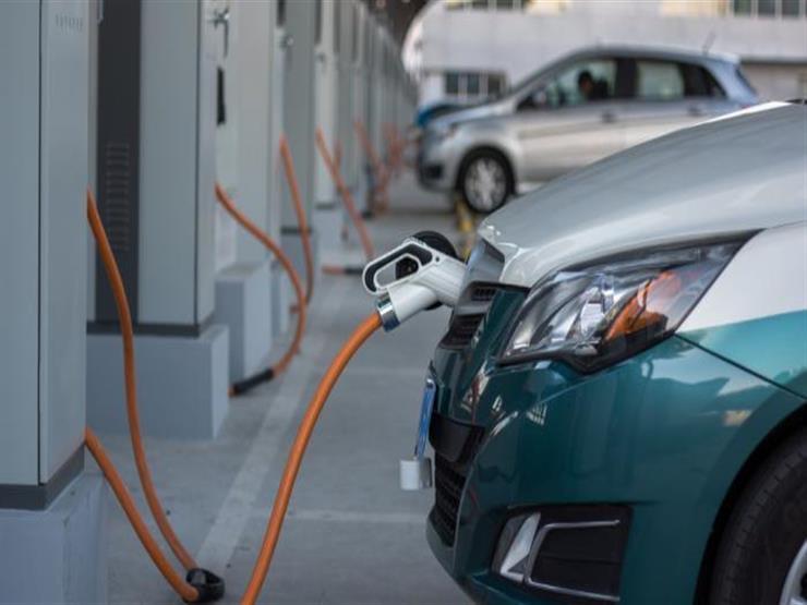 تقرير بريطاني: 3% فقط من العمال مدربون على صيانة السيارات الكهربائية