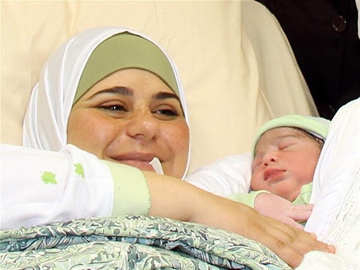 طبيب يوضح طريقة نقل وحفظ النطفة المنوية المهربة لإنجاب أطفال من الأسرى بفلسطين