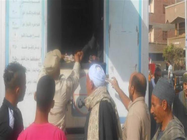 الجيش يطرح سلعًا غذائية مخفضة التكاليف لأهالي بئر العبد بشمال سيناء