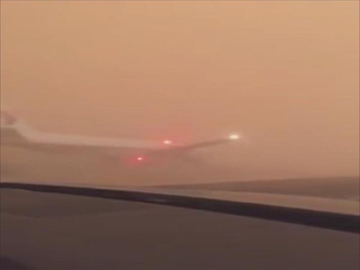 الطيران السعودي يرد على مقطع متداول لطائرة هبطت اضطراريًا بالطريق العام (فيديو)