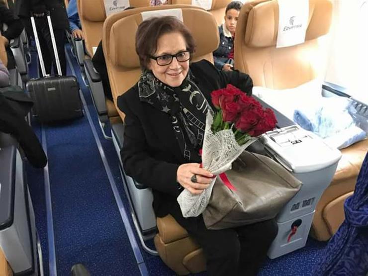 جميلة بوحيرد تصل مصر للمشاركة في فعاليات مهرجان أسوان (صور)