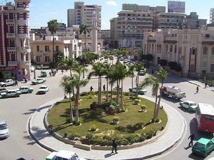 مرتديًا زي شيخ العرب.. رئيس مدينة دمنهور يتنكر لمراقبة حركة الأسواق