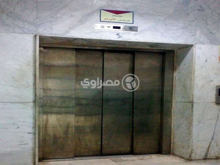 """""""ألحقونا بنموت"""".. الحماية المدنية تنقذ 6 أشخاص احتجزوا داخل مصعد بالقليوبية"""