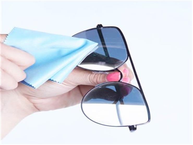 125ef178f بالفيديو- كيف تنظف عدسات نظارتك الشمسية من الخدوش؟ | مصراوى