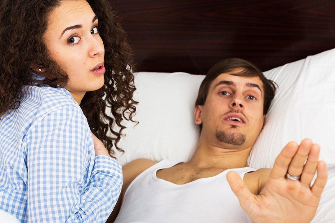 ماذا تفعل إذا شاهدك طفلك أثناء العلاقة الحميمة؟