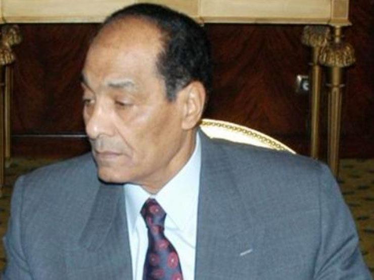 """بعد غيابه عن الجنازة.. المشير طنطاوي ينعى مبارك في """"الأهرام"""""""