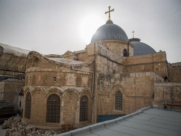 كنيسة القيامة في القدس تفتح أبوابها بعد إغلاقها ثلاثة أيام