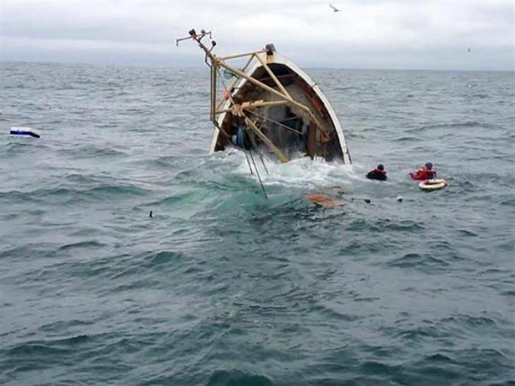 مقتل 15 شخصا وفقدان 100 بعد انقلاب ثلاثة قوارب بالكونغو