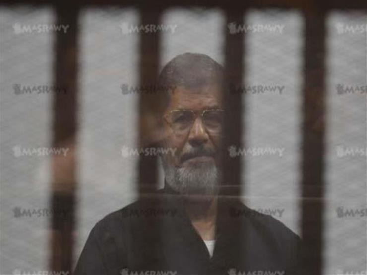 """تأجيل محاكمة """"مرسي"""" وآخرين في """"اقتحام السجون"""" لـ 28 فبراير"""