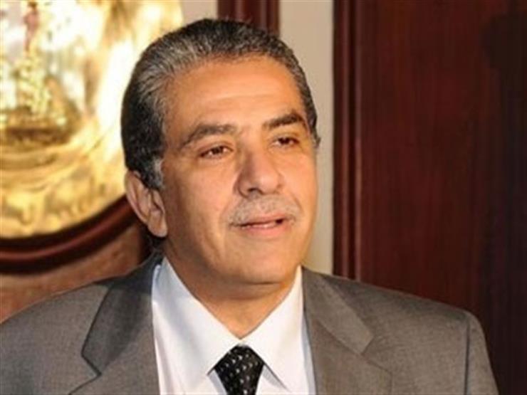 وزير البيئة يبحث الوضع البيئي لشركة  سيمكس  للأسمنت...مصراوى
