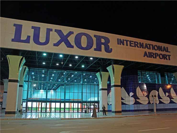 مطار الأقصر يستقبل رحلات سياحية من مدريد