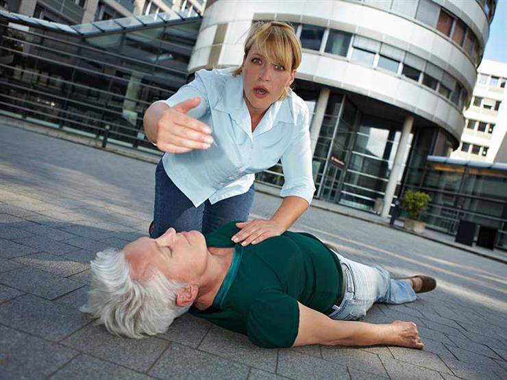 الإغماء لدى المسنين يستلزم استشارة الطبيب فورا