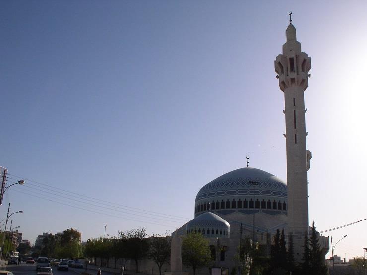 دعوة إلى إغلاق 800 مسجد في إيطاليا