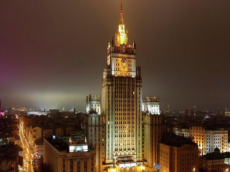 موسكو تستنكر تهديدات واشنطن بتوجيه ضربات إلى سوريا