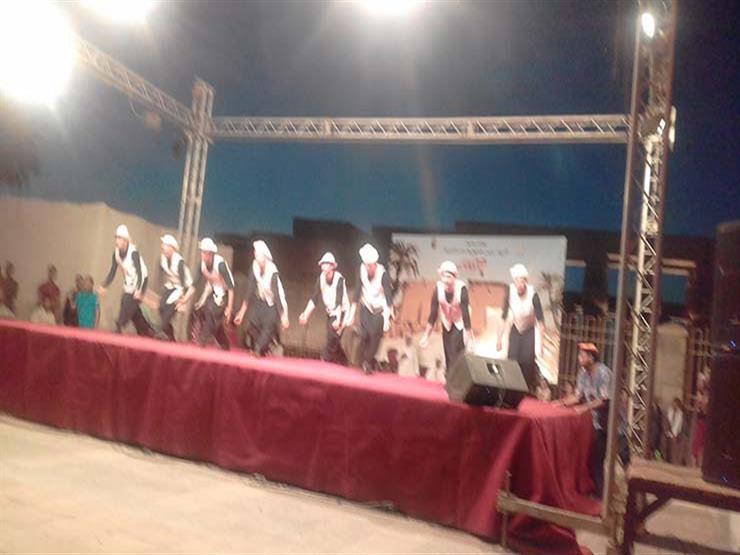 """بالصور .. فرق الفنون الشعبية تقدم أولي عروضها ضمن احتفالية""""الأقصر عاصمة الثقافة العربية"""""""