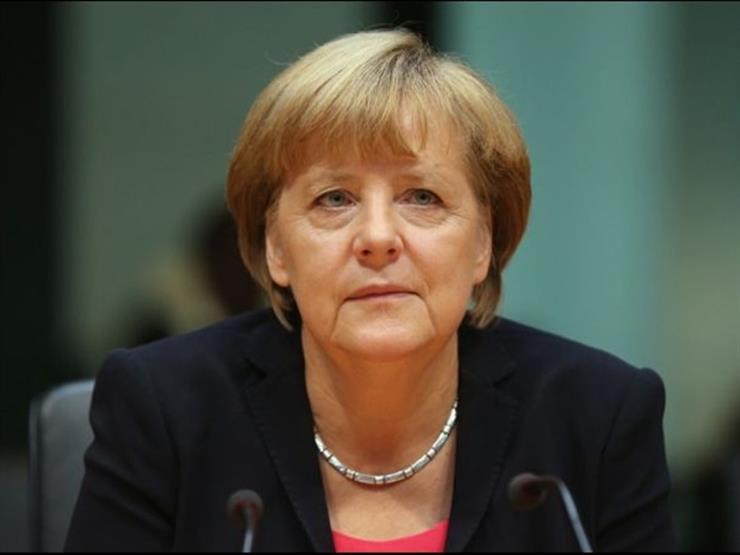 ميركل تنتظر رد أوروبي موحد ضد قرار الرسوم الجمركية الأمريكي