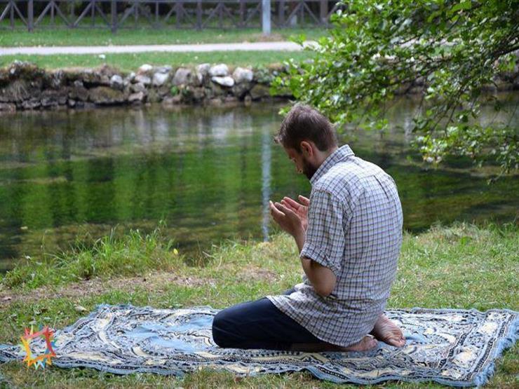 هل عدم الطمأنينة في الصلاة تبطلها؟.. عبلة الكحلاوي توضح