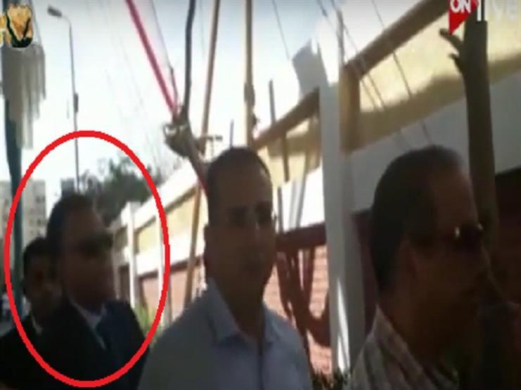 وزير النقل في طابور انتخابات الرئاسة - فيديو