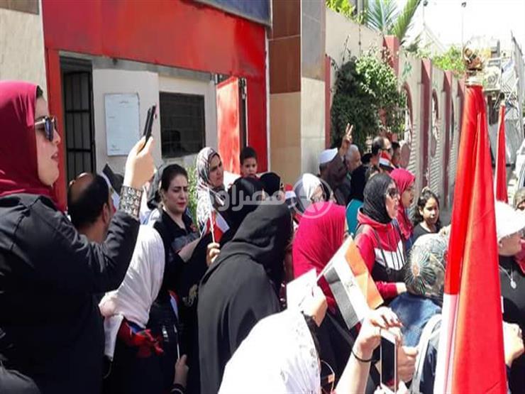 """وكيل """"تعليم دمياط"""" يقود مسيرة لحث الأهالي على المشاركة في الانتخابات"""