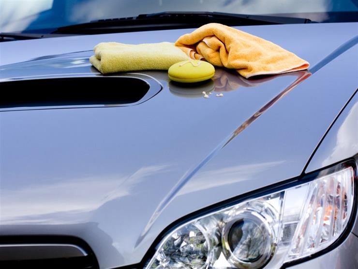 3 أخطاء شائعة أثناء غسل السيارة تدمر الطلاء