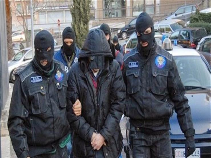 احتجاز أمريكيين اثنين على خلفية مقتل شرطي إيطالي في وسط روما