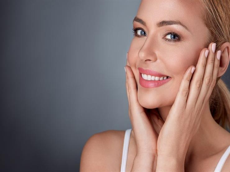 4 طرق لاستخدام الليمون لتبدو بشرتك أصغر سناً