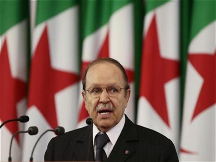 الرئيس الجزائري يستقبل وزير الداخلية السعودي