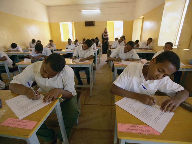 إجراء امتحانات شهادة الأساس ببلدة سودانية بعد توقفها لـ 20 عامًا