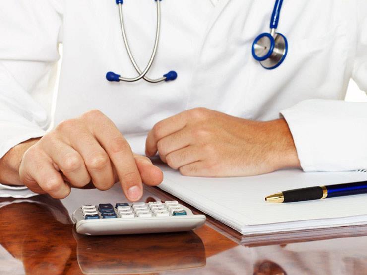 أطباء كنديون يعترضون على زيادة أجورهم: كبيرة للغاية