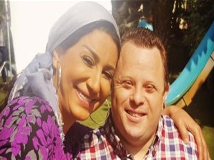 وفاء عامر تنهار على الهواء حزنًا على وفاة مازن السماحي