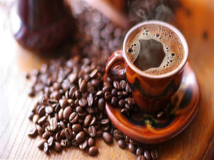 """بعد انتهائك من فنجان القهوة..احتفظ بالـ""""تفل"""" فله فوائد صحية"""